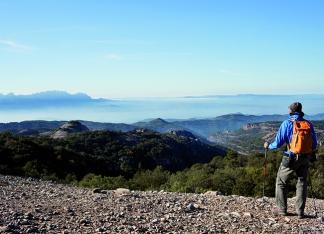 Itinerari al Coll del Boix. Parc Natural de Sant Llorenç del Munt i l'Obac. Xarxa de Parcs de la Diputació de Barcelona. © Oriol Clavera